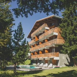 Chalet les Clarines La Rosière extérieur piscine